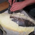 Menü: Datteln im Speckmantel, Carpaccio, Loup de Mer in der Salzkruste mit Spargel und Matcha-Eis mit Melone