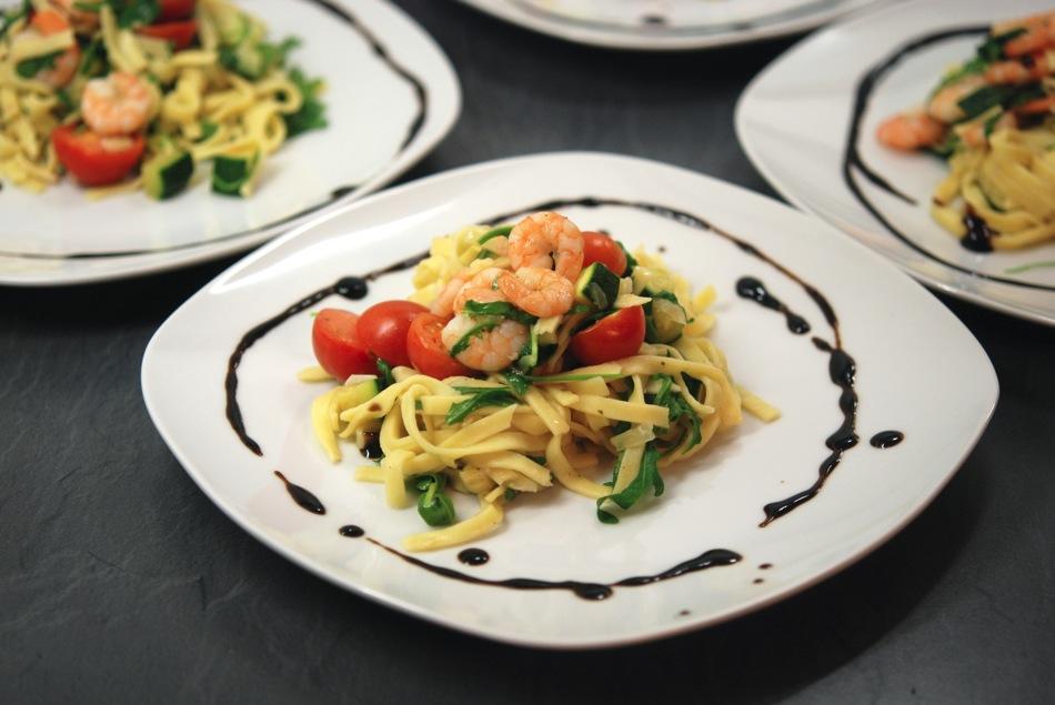Tagliatelle Scampi Zucchini 09