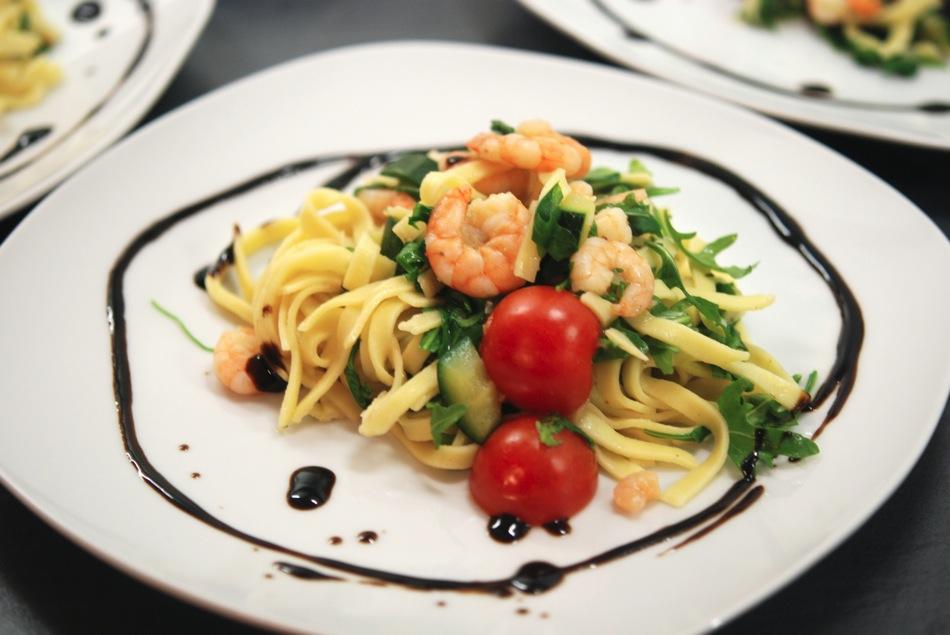 Tagliatelle Scampi Zucchini 10