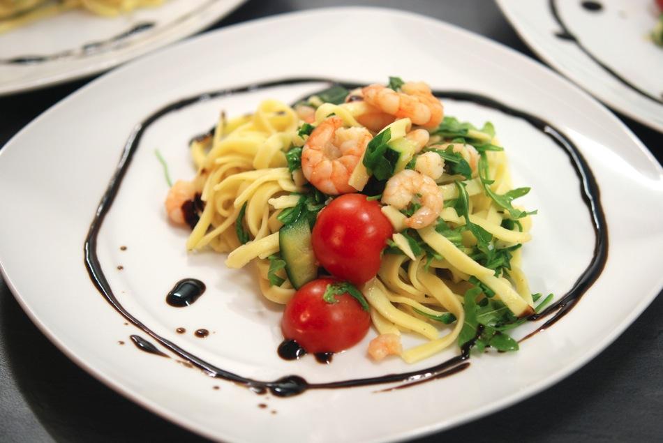 Tagliatelle Scampi Zucchini 12