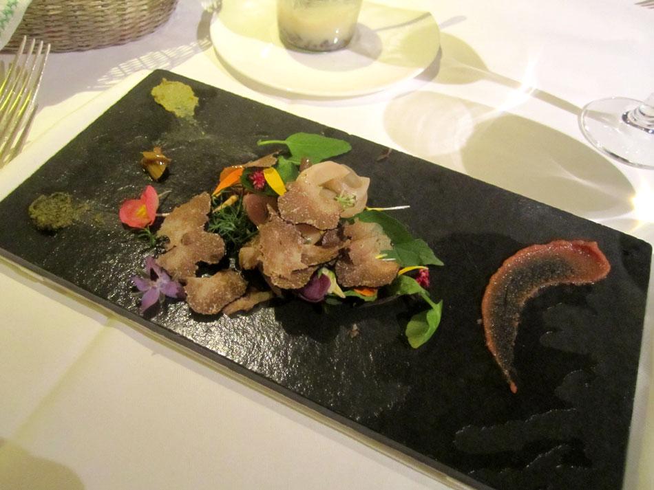 Ofengemüse mit Gewürzaromen, Burgunder-Trüffel aus Italien, Wildkräuter und Waldkresse-Vinaigrette