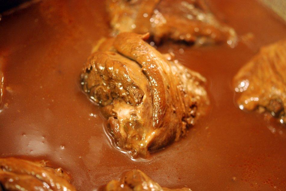 Langsam geschmorte Lammhaxe - in fünf Stunden zum zarten Genuss