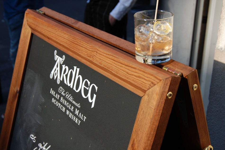 Cocktail Old Fashioned mit Ardbeg 10 years