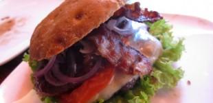 Hamburger Manufaktur Freddy Schilling - saftige Burger von bestem Fleisch
