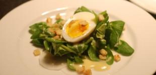 Kulinarische Kochbuchvorstellung - ein Menü von Stevan Paul - Deutschland Vegetarisch