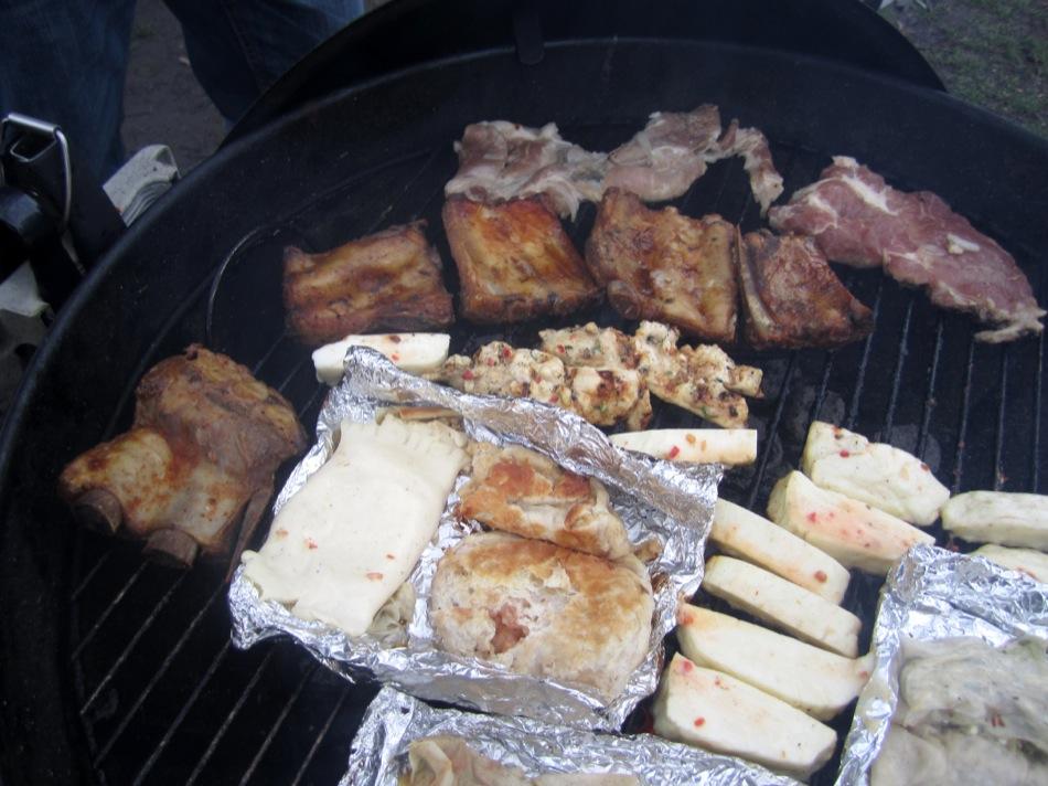 Da haben die Griller echt tolles Fleisch und vegetarisches mitgebracht