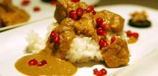 Khorescht-e Fesendschan - Hühnerragout mit Walnuss-Granatapfel-Sauce