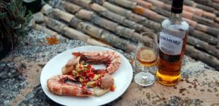 Riesenscampi mit Grillgemüse-Salzzitronen-Salat und Bowmore-Whisky