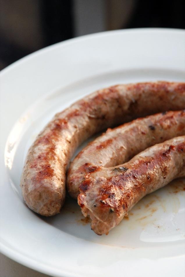 Wurst: Salsiccia - Italienische grobe Schweine Bratwurst mit Oregano oder Fenchel