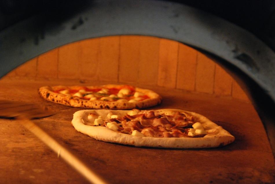 Pizza - 485 Grad in Köln - in 60 Sekunden zum unglaublichen Genuss
