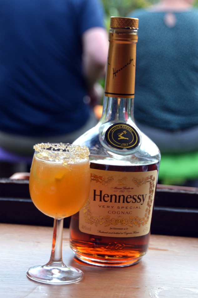 Brandy Crusta - Ein alter Cognac Cocktail aus New Orleans mit Hennessy VS