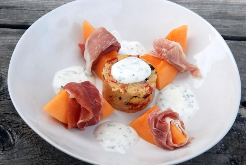 Cous-Cous-Salat mit Salzzitrone & Charentais Melone mit rohem Schinken