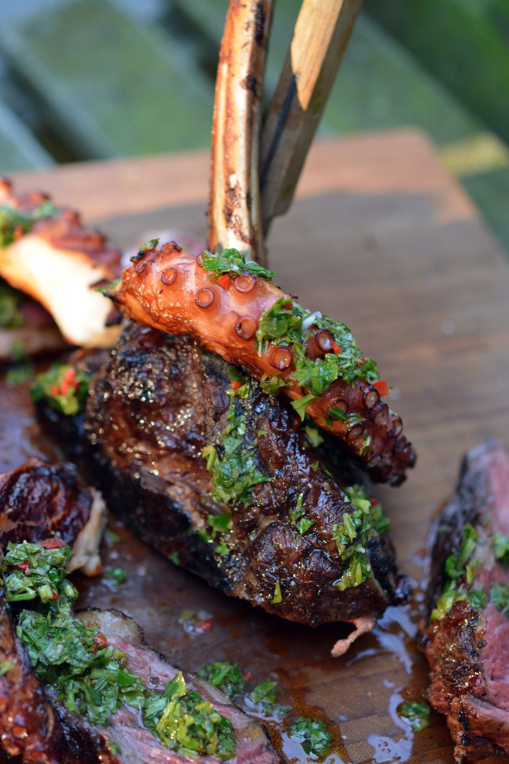chimichurri-oktopus-tomahawk-steak-15