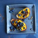 Prosecco & Bruschetta mit dreierlei Kürbis, Bacon & Blaubeeren
