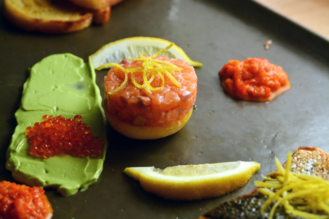 Italienische-Oster-Variation von Amalfi-Zitrone & Lachs