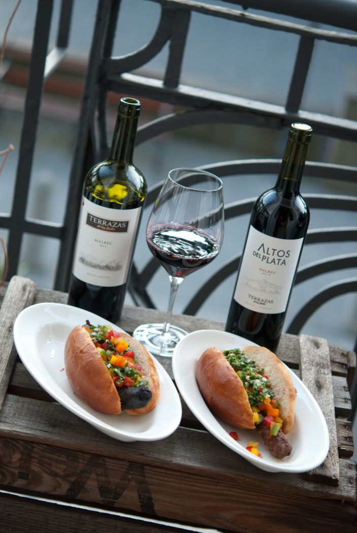 Malbec World Day: Morcipan & Choripan - Argentinische Hotdogs