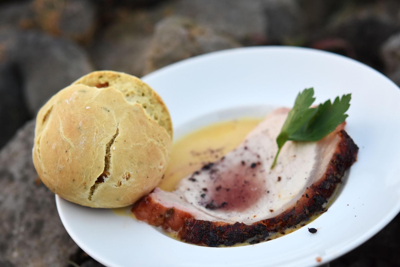 Flammkuchen Weber Holzkohlegrill : Weber grill academy grillkurs in der kochschule la cucina von