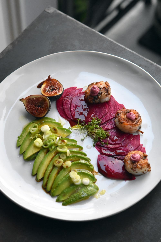 scampi mit purple curry mayo avocado gepickelte rote beete frische feigen k chenjunge. Black Bedroom Furniture Sets. Home Design Ideas